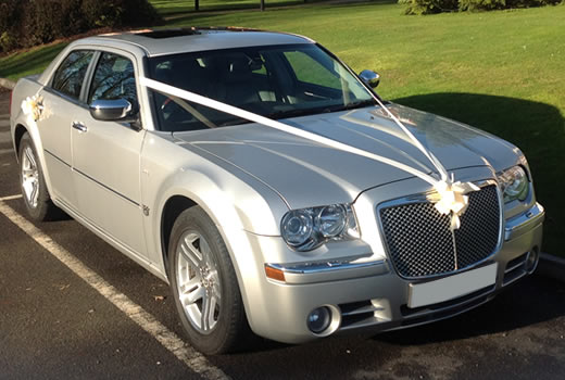 Baby Bentley Chrysler 300C